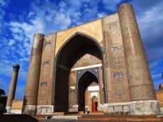 Bibi-Khanim-Mosque-2