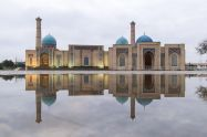 Tashkent+city+mosque+build+in+uzbek+and+arabic+style